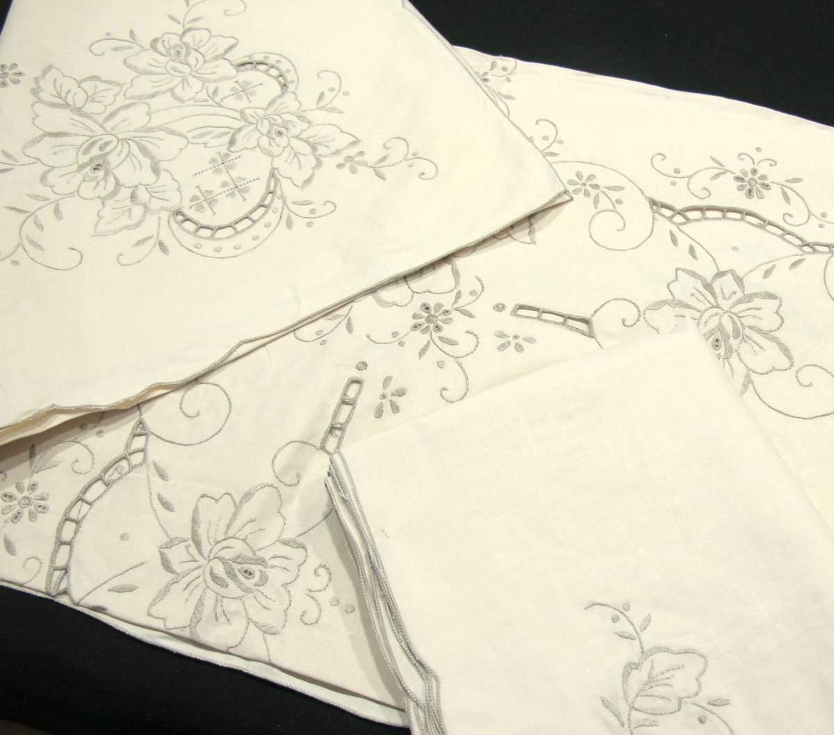 Mantel Clásico Algodón Bordado mano 180x315 cm